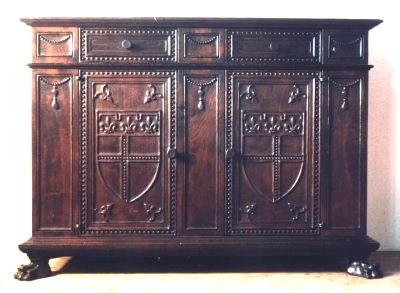 mobili medievali e rinascimentali
