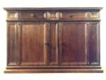 Mobili antichi in pregiato legno di noce mobili medievali for Mobili medievali